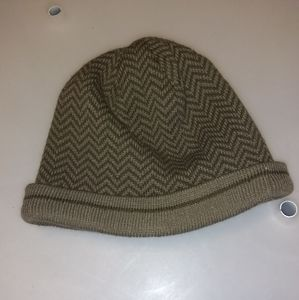 GAP brown knit beanie size Small